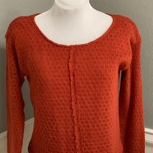 A'Reve Knit Top w Raw Edge & Lace Trim Pullover